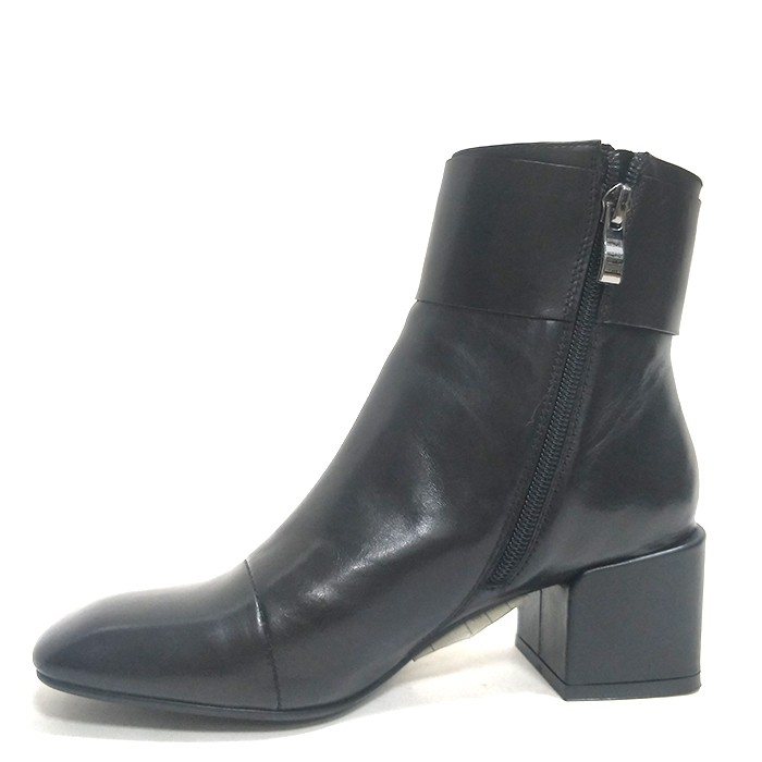 Booties For Women Leather Block Heels Ankle Motor Boot Square Toe Manufacturers, Booties For Women Leather Block Heels Ankle Motor Boot Square Toe Factory, Supply Booties For Women Leather Block Heels Ankle Motor Boot Square Toe