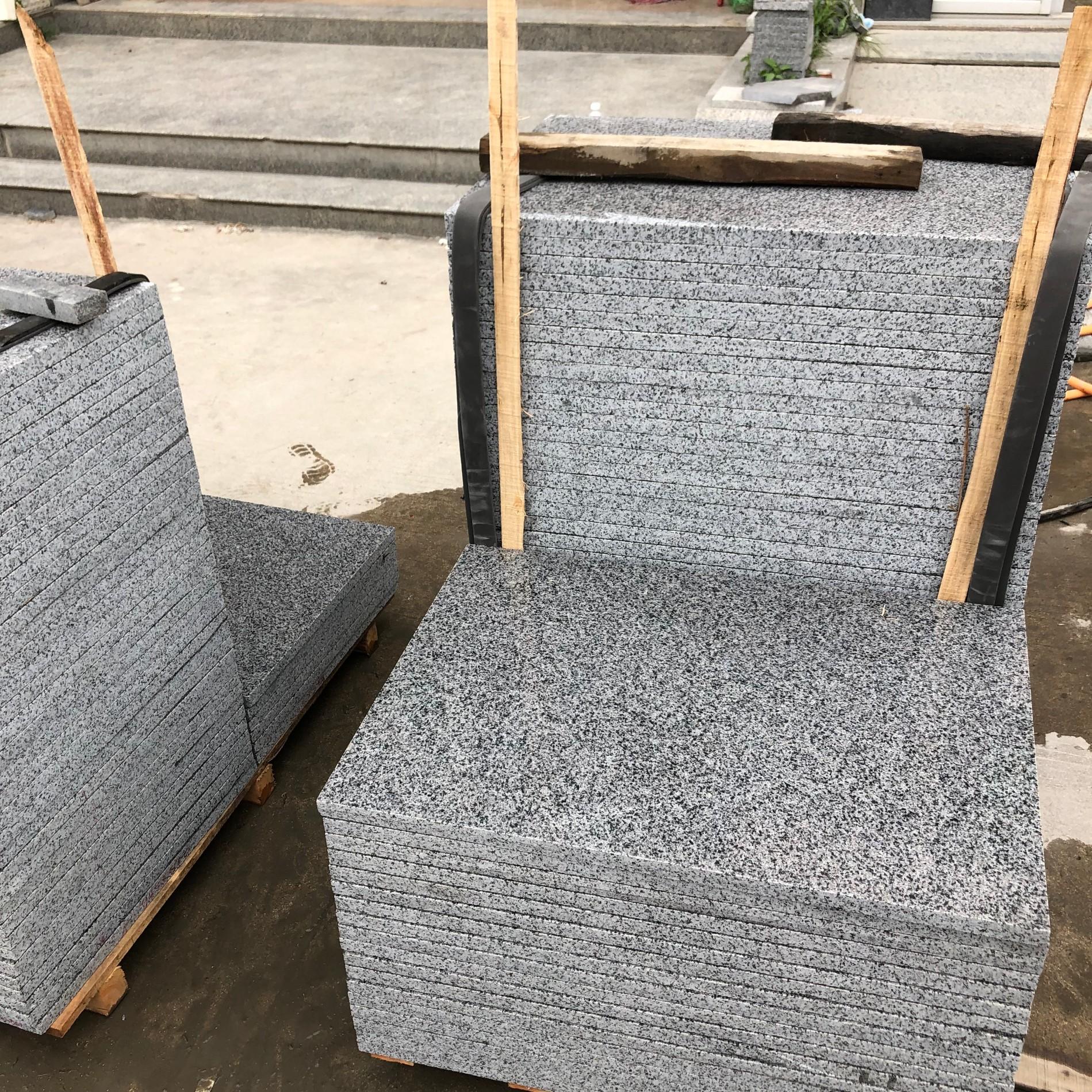 Impala Dark Granite 654