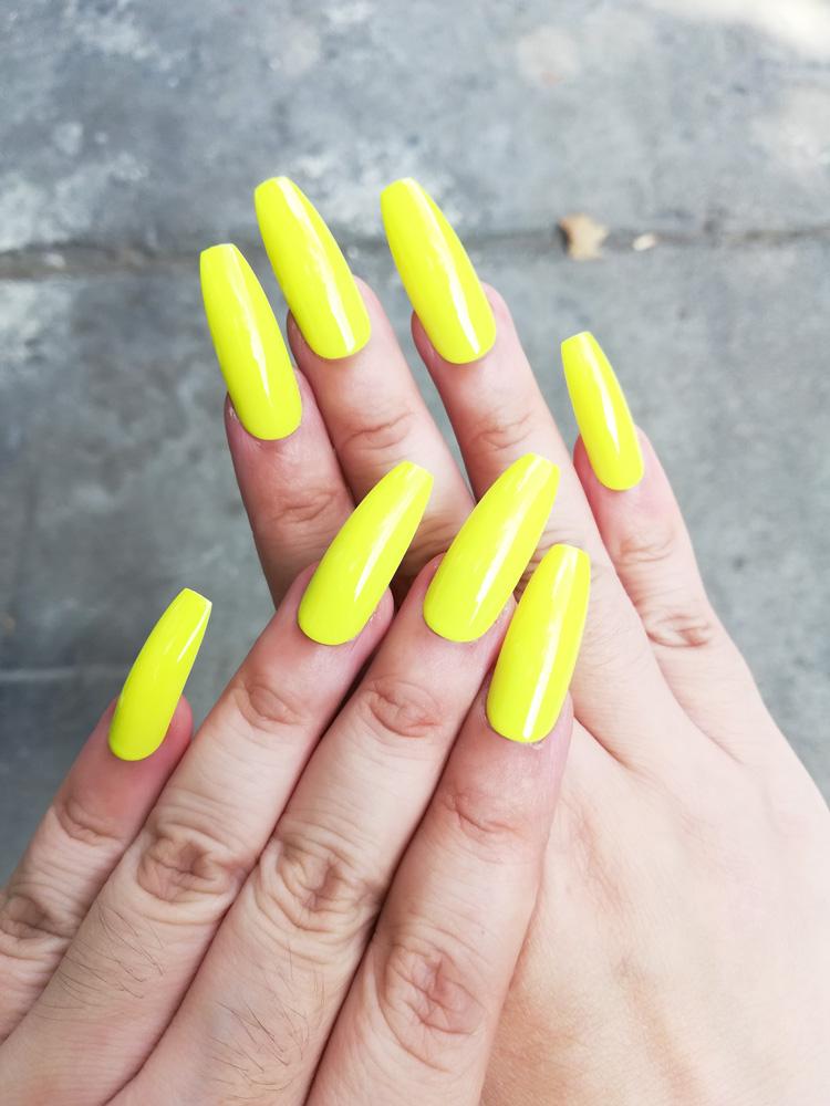 Falsche Fingernägel