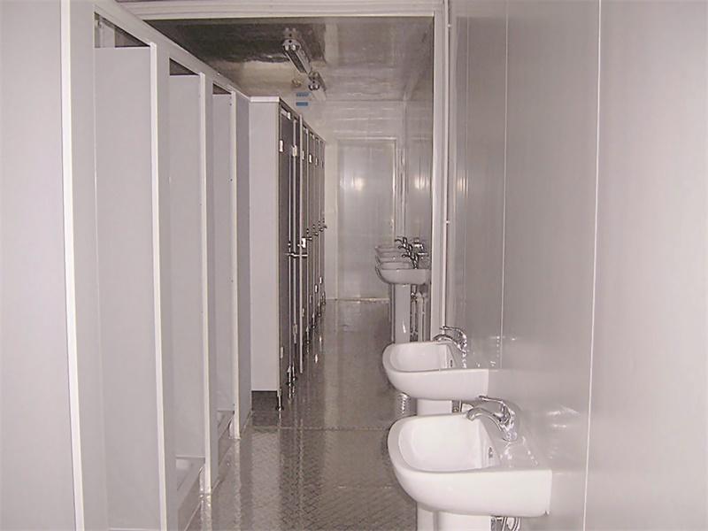 toilet and shower.jpg