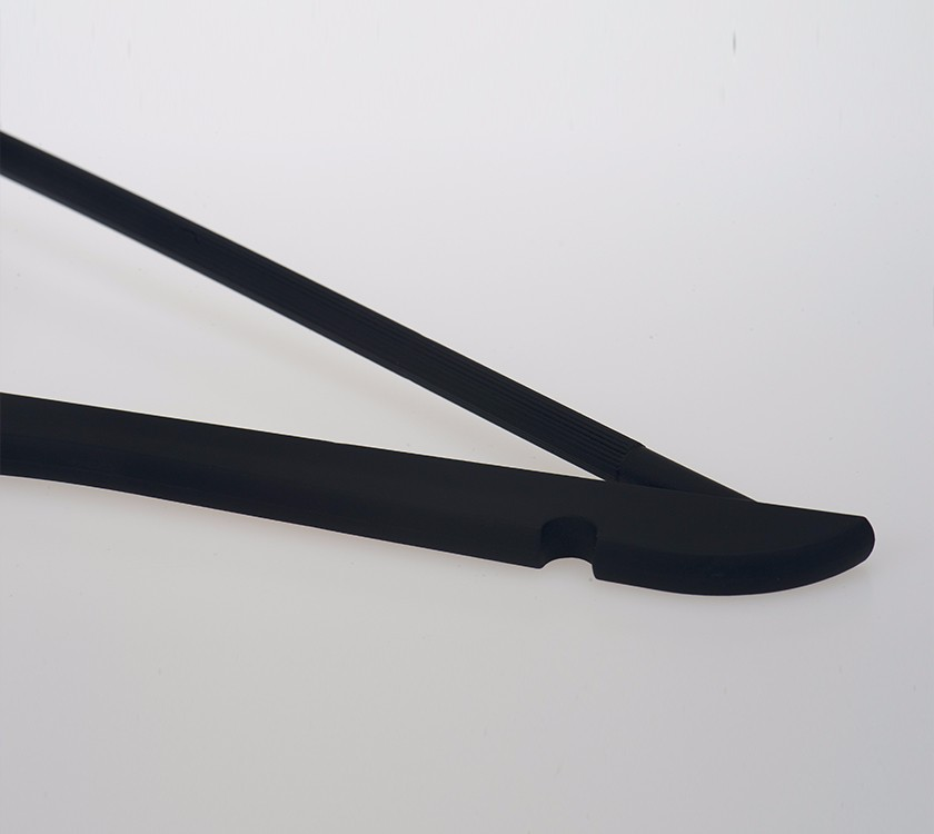 Black Plastic Clothes Hangers With Trouser Bar Manufacturers, Black Plastic Clothes Hangers With Trouser Bar Factory, Supply Black Plastic Clothes Hangers With Trouser Bar