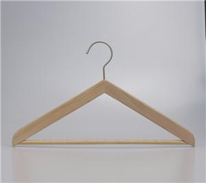 Um suporte bebê veste Corpo Cabide de madeira para exibição