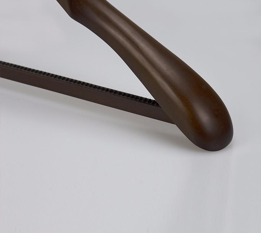 Wood Coat Hanger With Non Slip Strips Bar Manufacturers, Wood Coat Hanger With Non Slip Strips Bar Factory, Supply Wood Coat Hanger With Non Slip Strips Bar