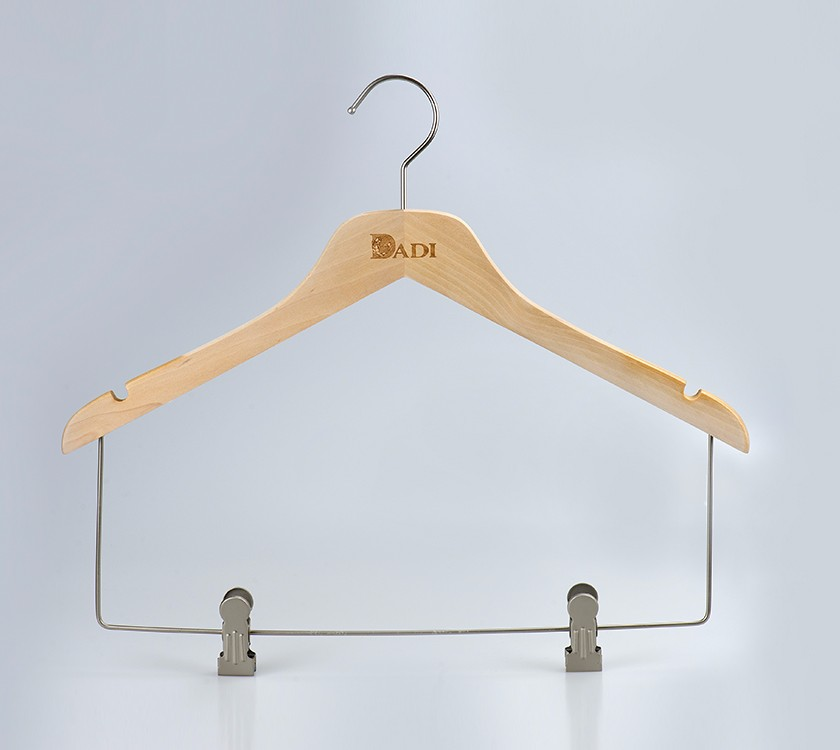 Anti Slip Wood Baby Cloth Hanger With Clips