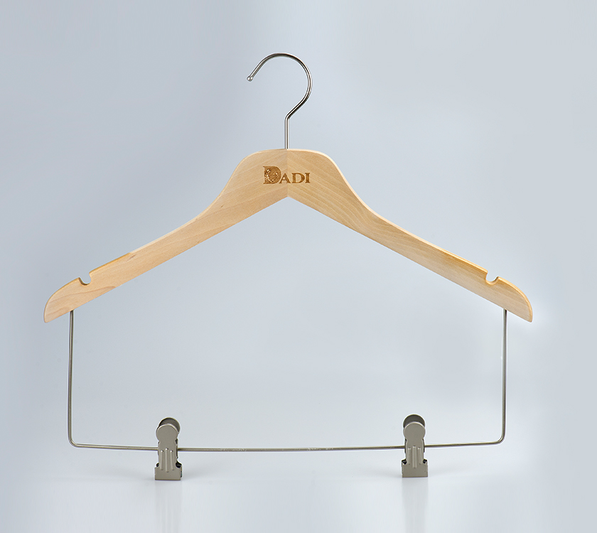 baby hanger with clips