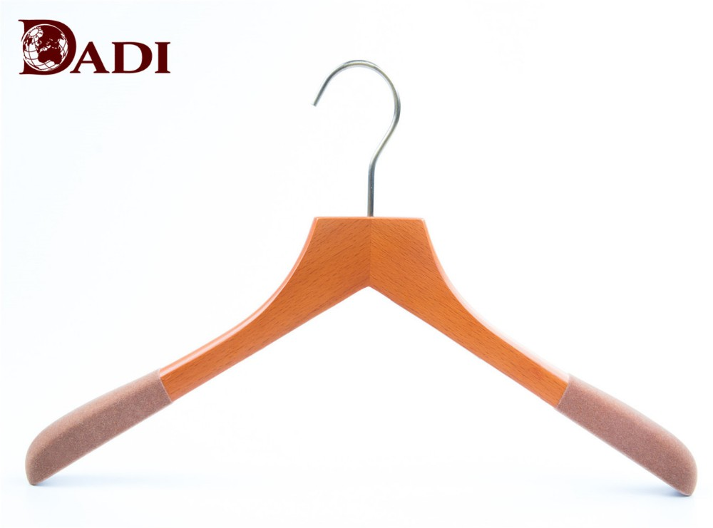 extra wide shoulder suit hangers