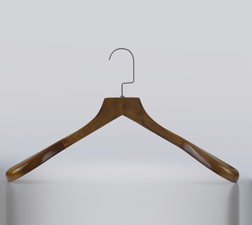 Space Saving Wood Broad Shoulder Coat Hangers