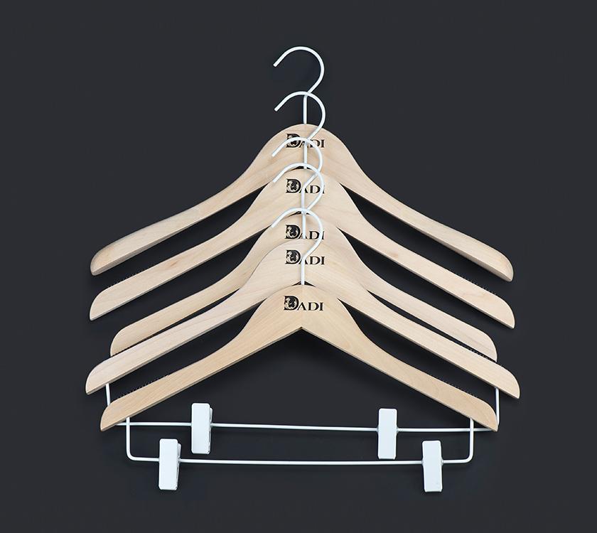 clips hanger