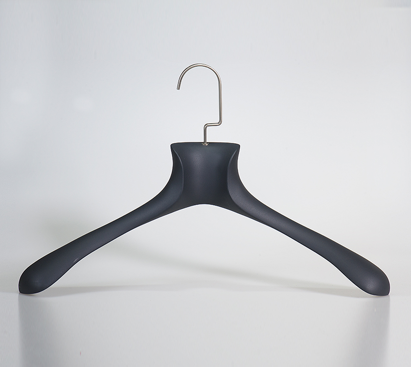 hangers for cloths plastic