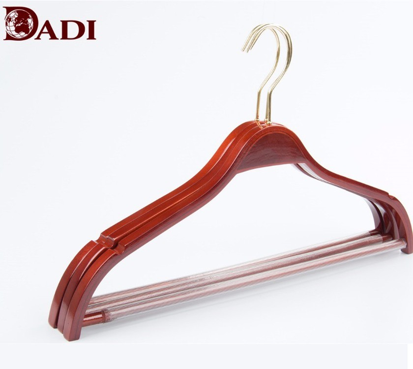 Laminated Wooden Hanger With Non Slip Notch