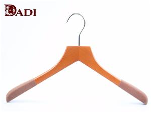 Auf Lager Best Luxury Wooden Jacket Clothes Hanger