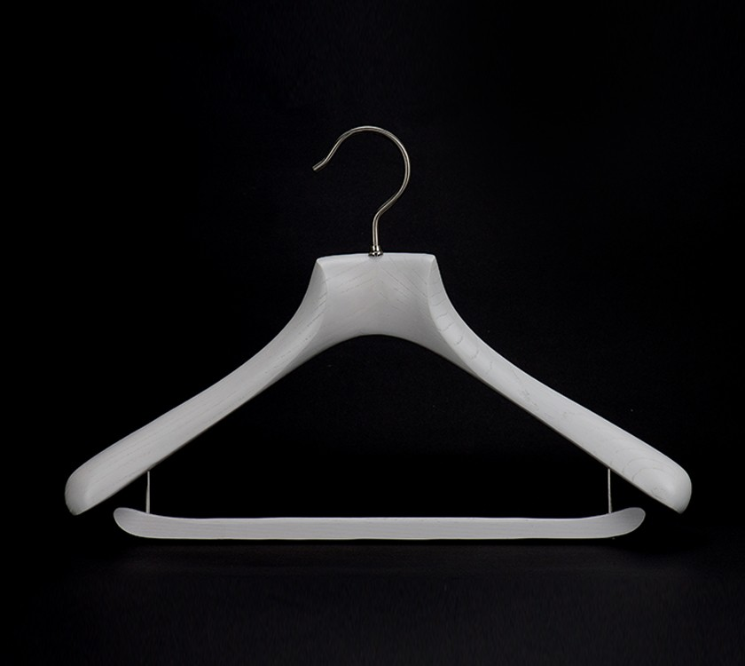Factory Supply Custom Luxury Coat Hanger