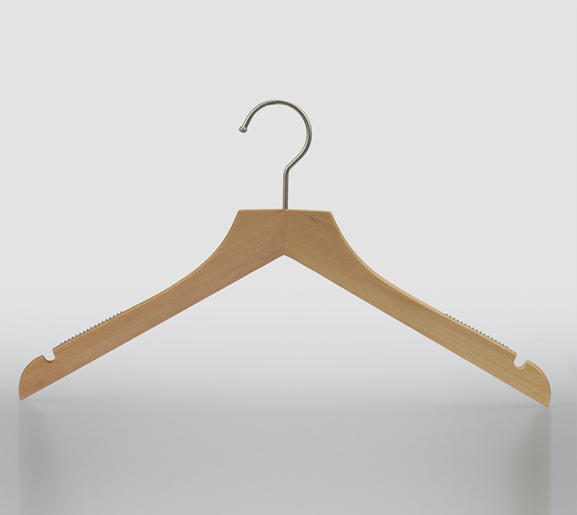 Non Slip Wooden Shirt Hanger For Display