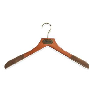 In Stock Best Luxury Wooden Jacket Clothes Hanger