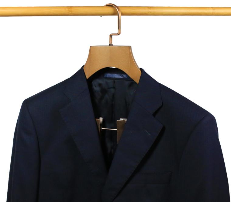 percha de traje