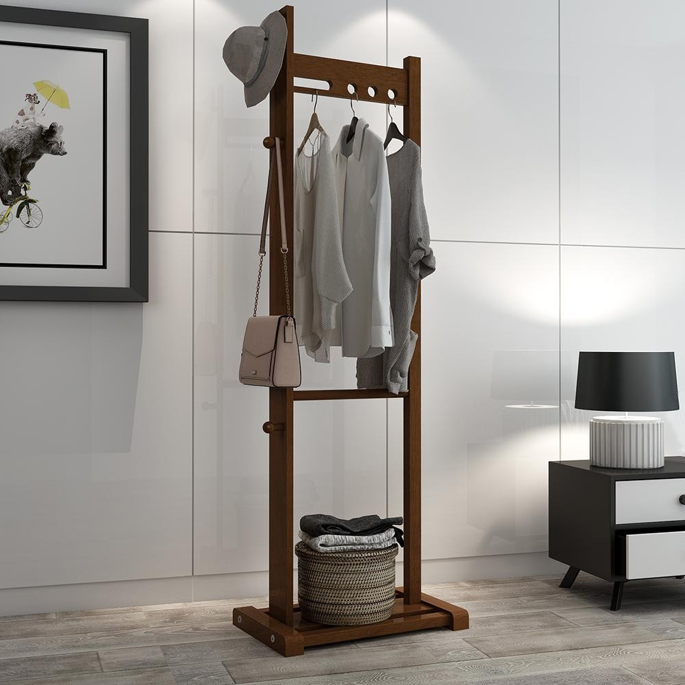 How to choose hangers for your hotel