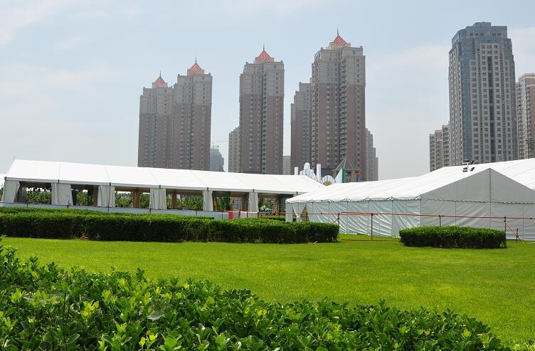 hanger tent