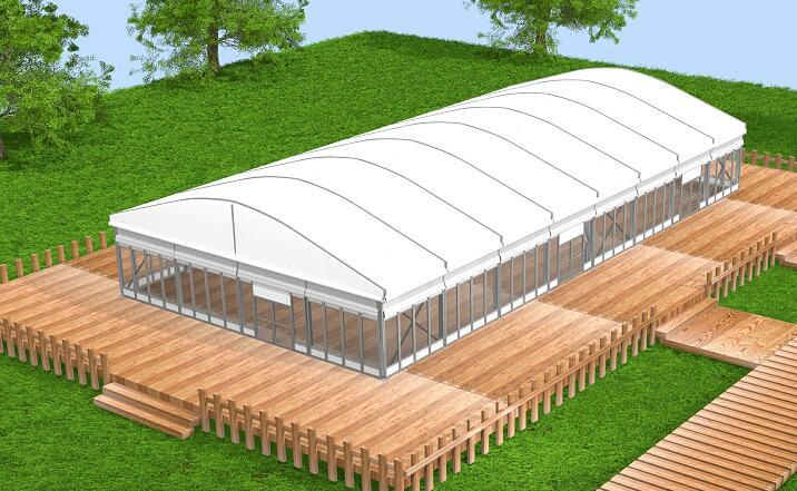 Restaurant curve tent