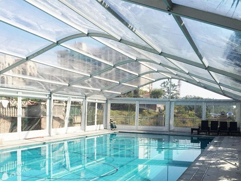 خيمة رياضية لحمام السباحة
