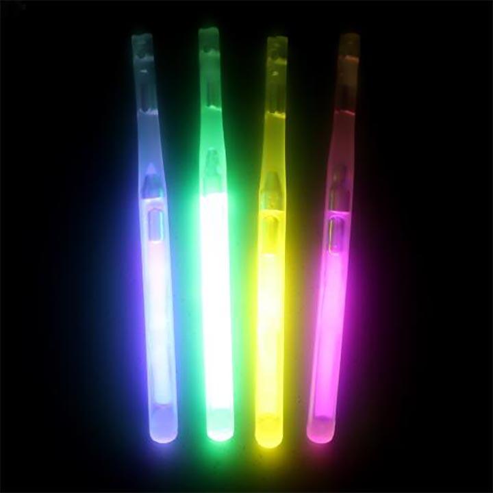 นีออนเรืองแสงอมยิ้มใส่ท่อช่วยหายใจแท่งไฟเรืองแสง / อมยิ้มทุ่มเทติดเรืองแสง