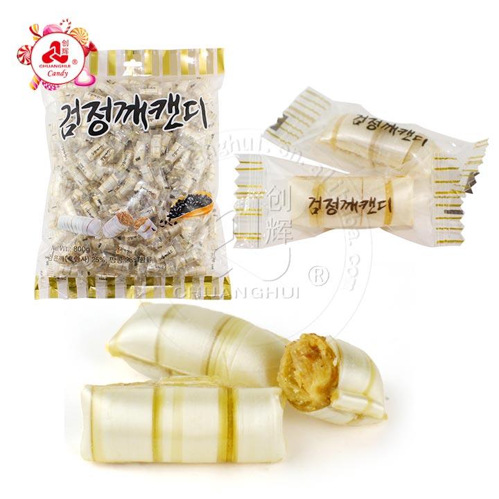 Bonbons croustillants aux arachides et au sésame noir de Corée