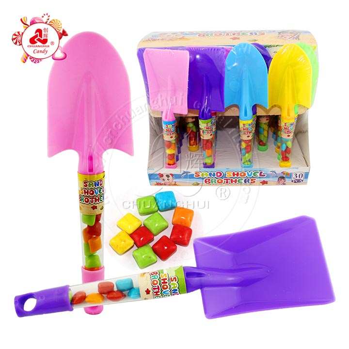 Halal chewing gum with Beach Tools Toy Candy Sand Shovel in display box