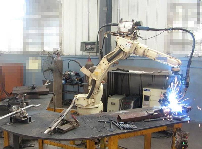 机器人焊.jpg