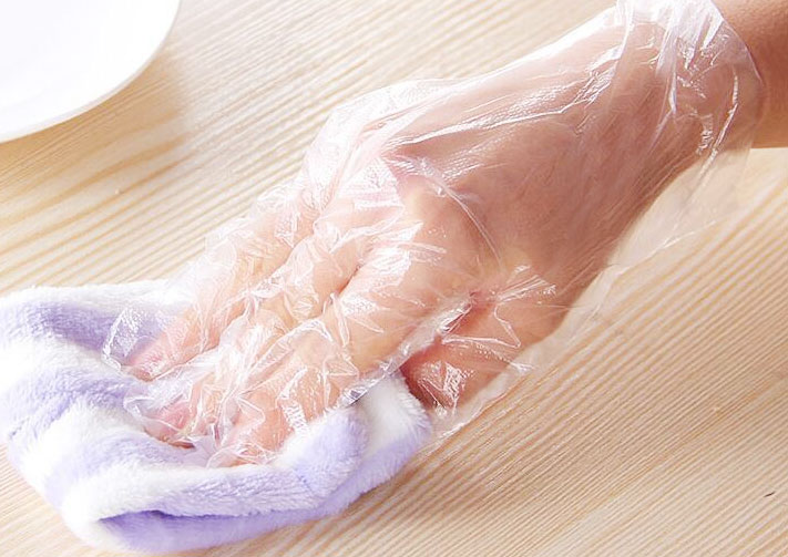 Boxed food grade PE gloves