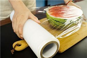 Small Roll Good Flexibility PE Cling Film