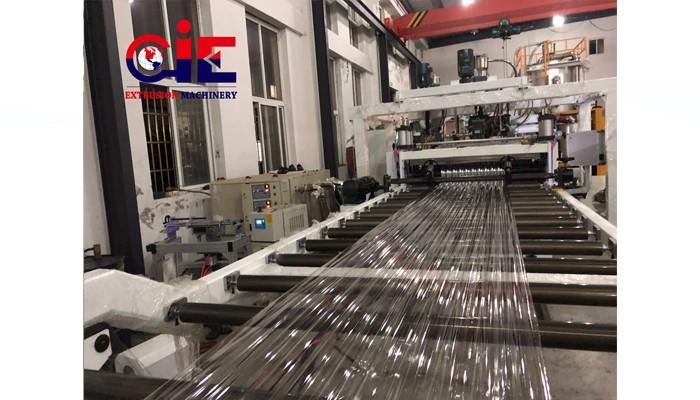 PC UV Plastic Corrugation Sheet Extrusion Machine