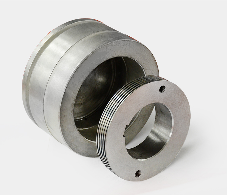 Balanced piston sleeve for screw compressor