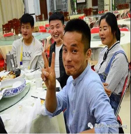 Ruihua Refrigeration Weekly Star-Hardworking at Plain Xu Jinlong