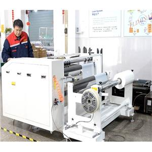Awtomatikong Mylar Film Slitting Machine Angkop para sa Busbar PET Roller Materials