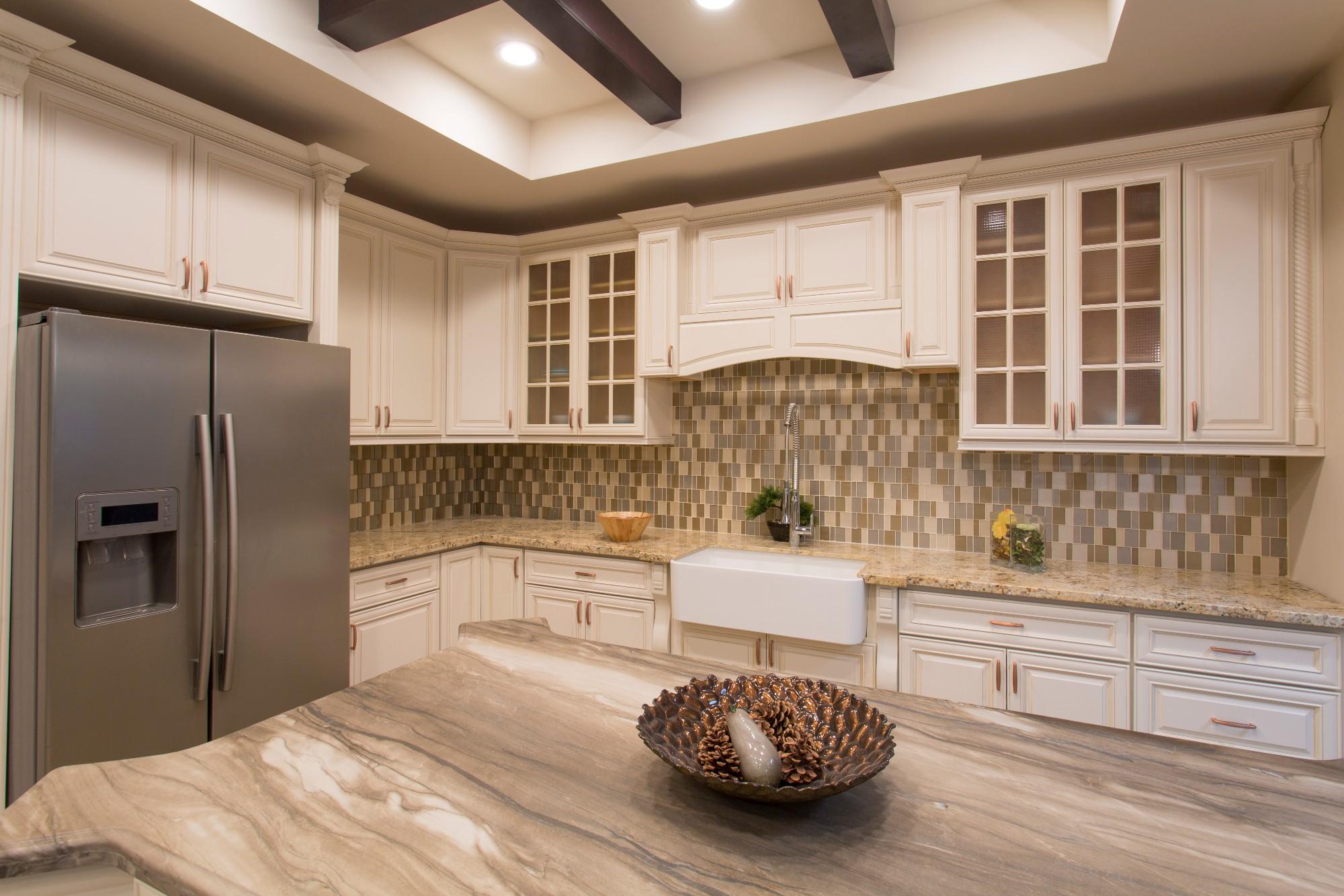 Antique White Solidwood Kitchen Cabinet Manufacturers, Antique White Solidwood Kitchen Cabinet Factory, Supply Antique White Solidwood Kitchen Cabinet