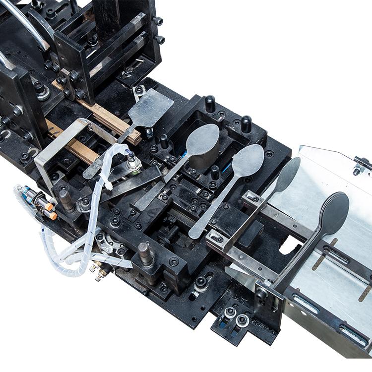 cutlery auto feed system