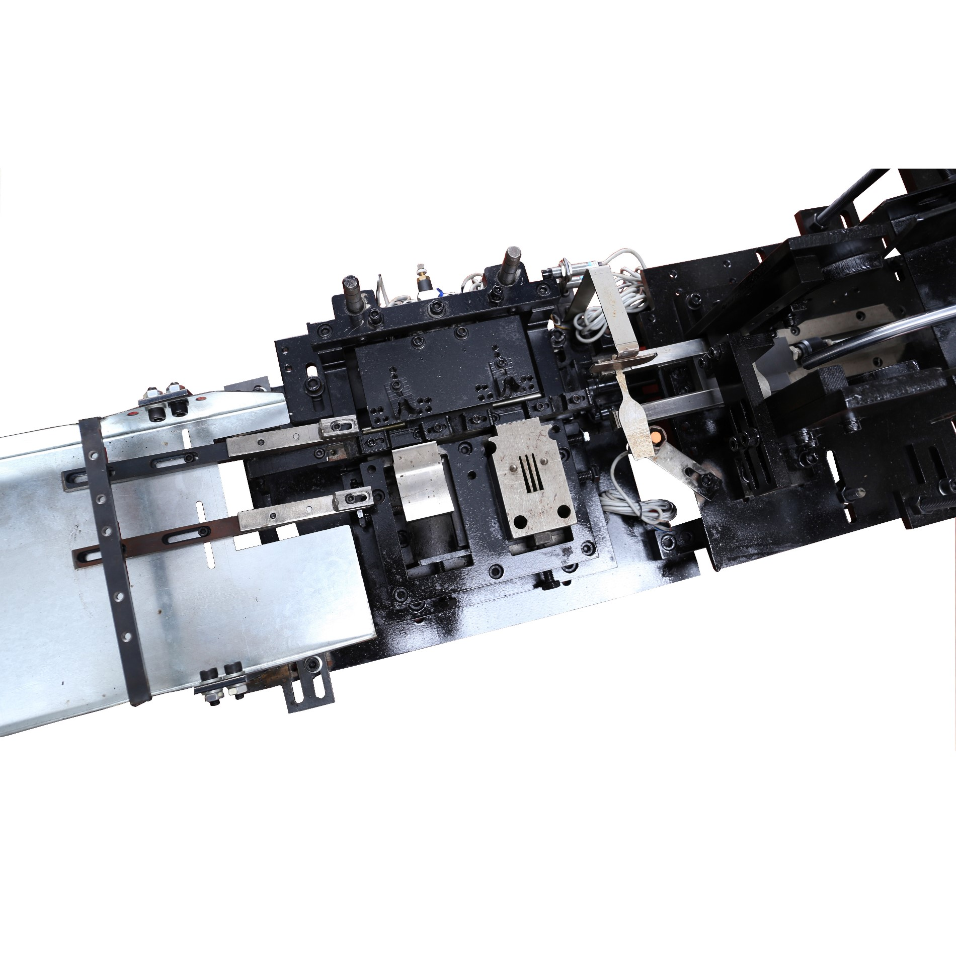Auto Feeder For Plastic Handle Cutlery Machine
