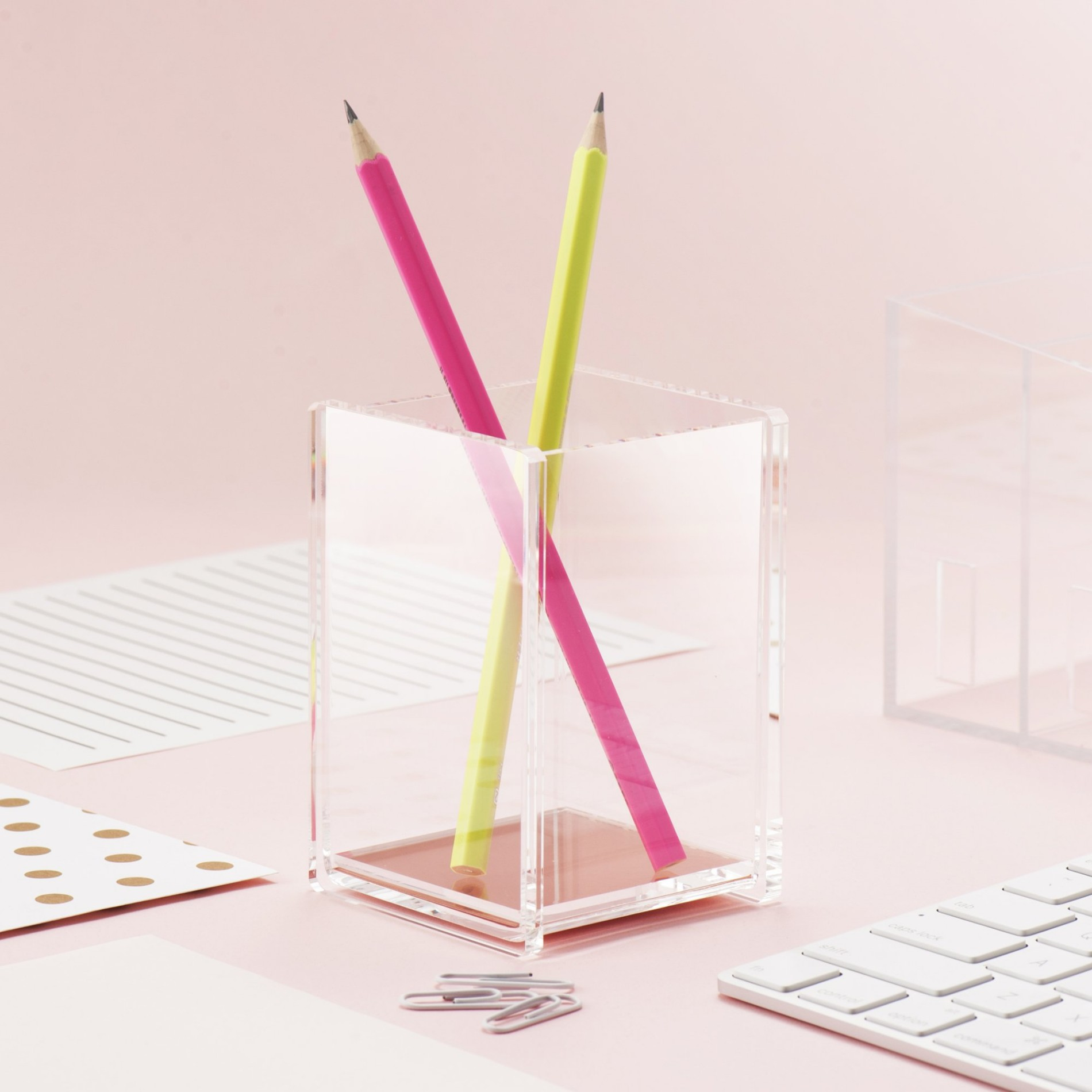 Clear Acrylic Pen Holder Stand Manufacturers, Clear Acrylic Pen Holder Stand Factory, Supply Clear Acrylic Pen Holder Stand