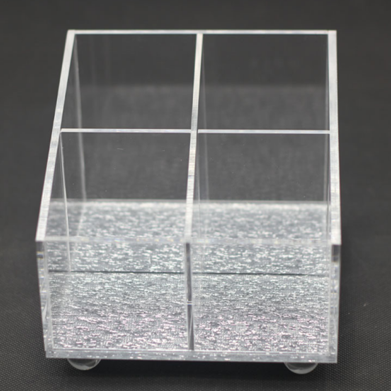 4 Compartments Clear Acrylic Cosmetic Eyeshadow Storage Organizer