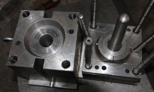 Mold Makers For Plastic Injection Manufacturers, Mold Makers For Plastic Injection Factory, Supply Mold Makers For Plastic Injection