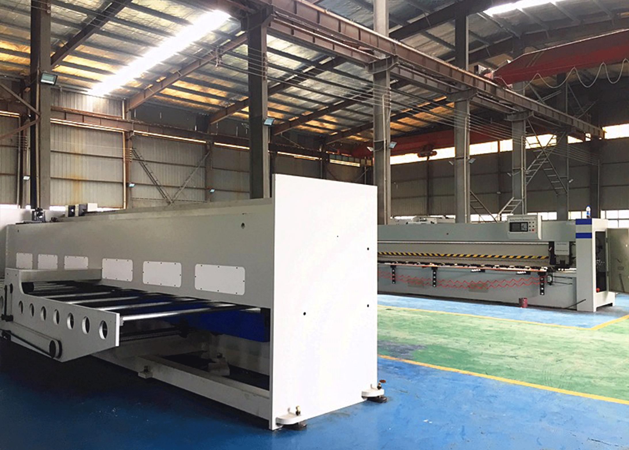 Máquina ranuradora CNC