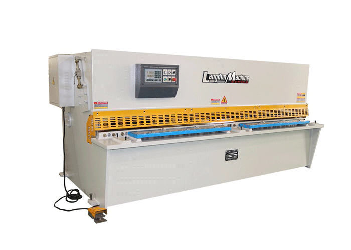 6 X 2500 CNC Shearing Machine
