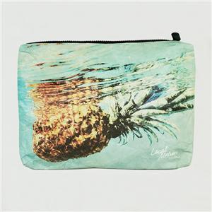 حقيبة مكياج ورقية من تايفك دوبونت