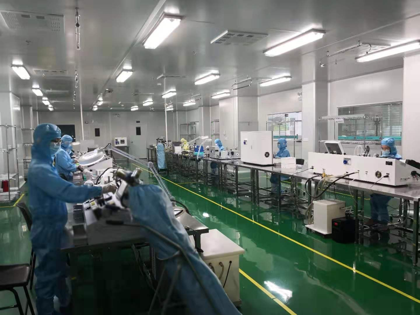 Class 10K ISO-13485-2016  Certified Clean Room Facility