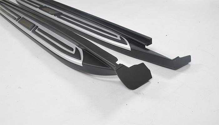 马自达CX-3的侧踏板