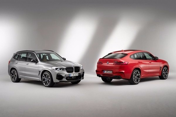 The 2020 BMW X3M/X4M was exposed in advance and lasted for 4 seconds.