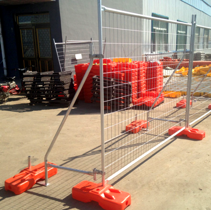 Sturdy Welded Wire Fence Panels