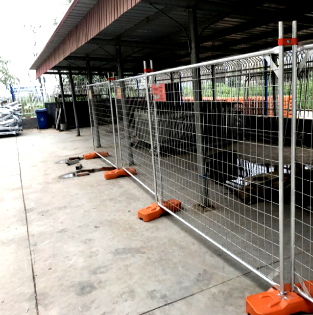 Temporary Site Fencing For Construction Site