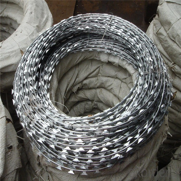 Hot Dip Galvanized BTO 22 Razor Wire