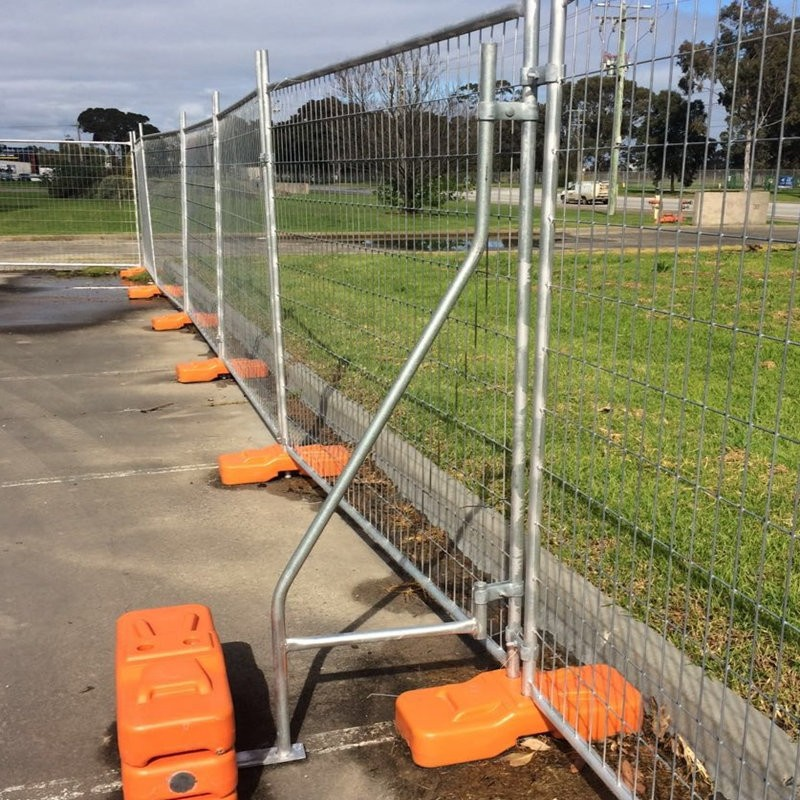 heavy galvanized temporary fence