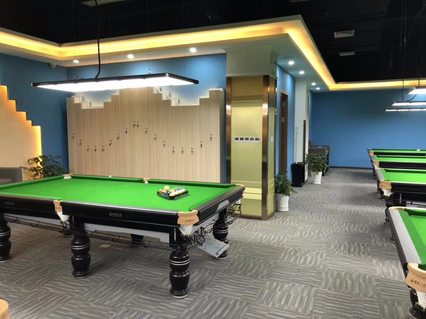 new pool hall in UK JY brand